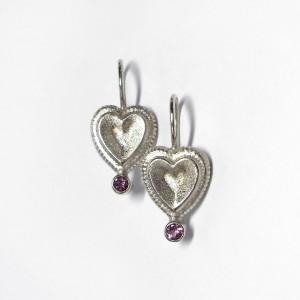 Herzohrringe aus Silber mit Turmalin