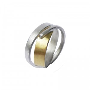 "Wickelring ""Wind"" Silber, 750/000 Gold, ab 160€"